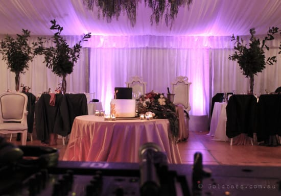 Bride & Groome Uplighting